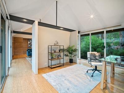 Property for sale in Gidgegannup