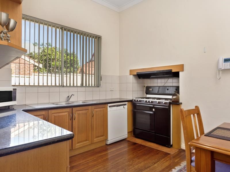 Property for sale in West Leederville : REMAX Torrens WA