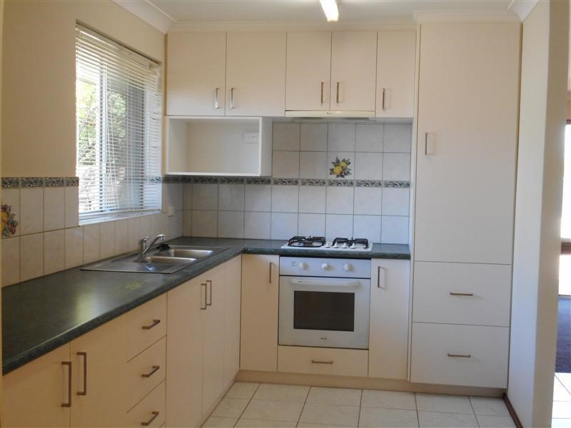 Property for rent in Craigie : Kempton Azzopardi