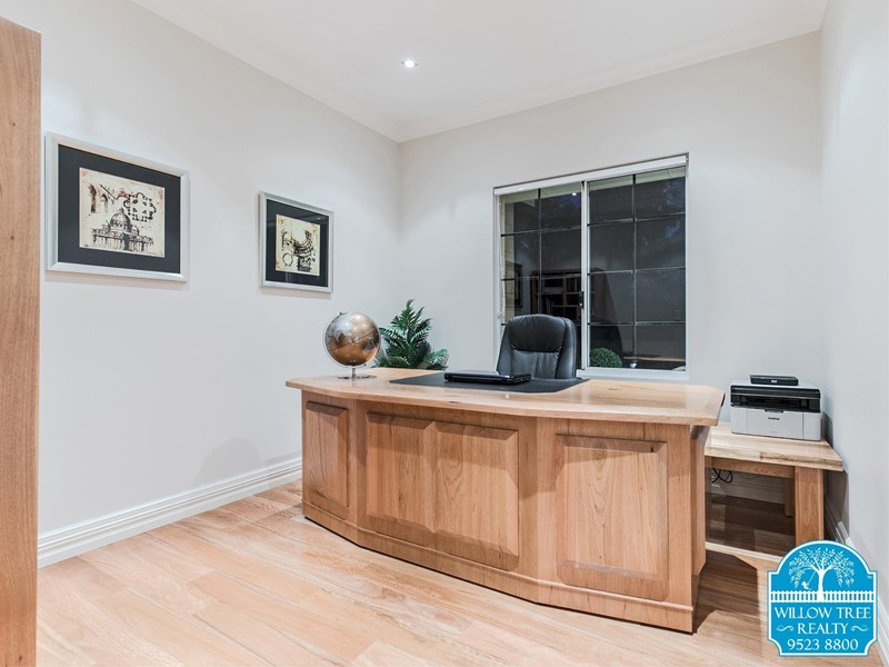 Property for sale in Byford : Willow Tree Realty