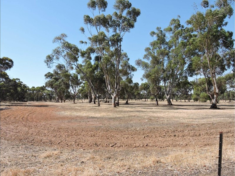 Property for sale in Brookton