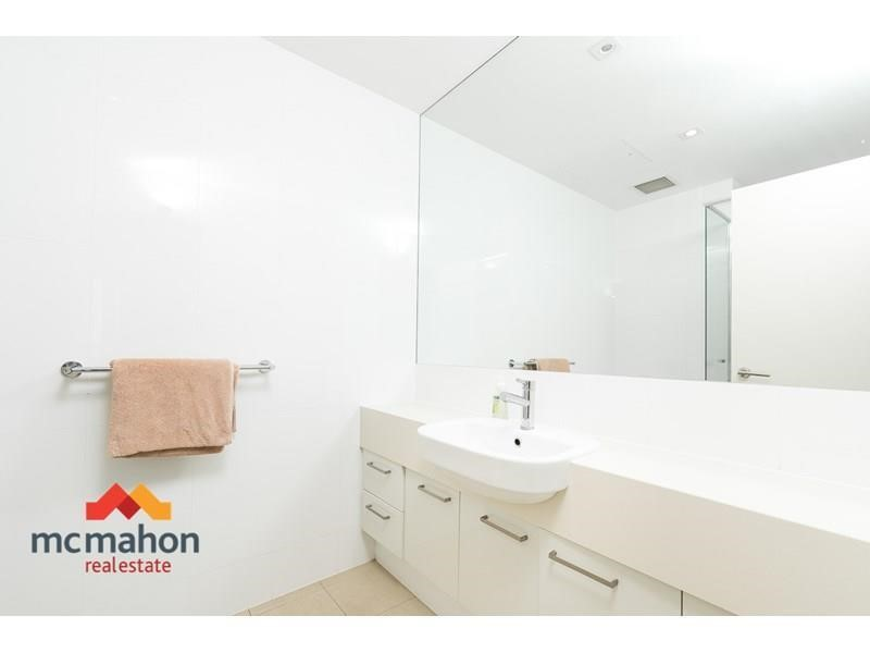 Property for sale in Scarborough : McMahon Real Estate