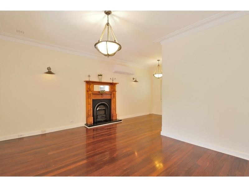 Property for rent in Bayswater : Vibe Property Solutions