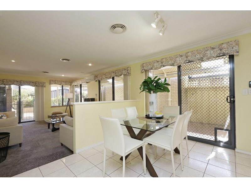 Property for sale in Ellenbrook : Passmore Real Estate