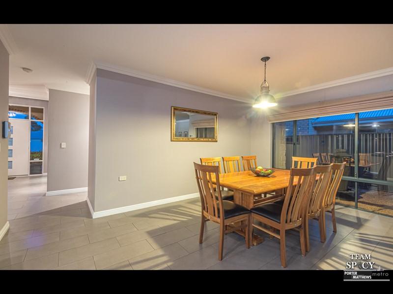 Property for sale in Harrisdale : Porter Matthews Metro Real Estate