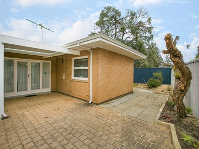 Property for sale in Shoalwater : Mark Brophy Estate Agent