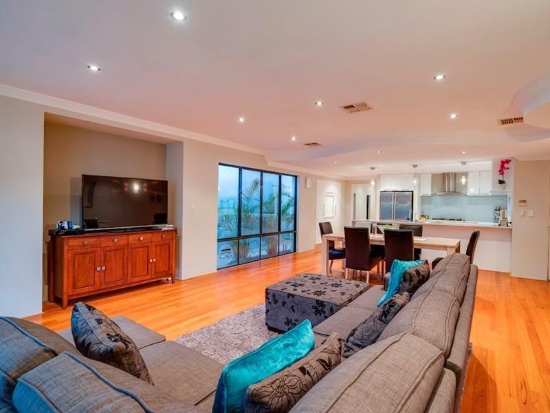 Property for sale in Karrinyup : Kalgoorlie Metro Property Group