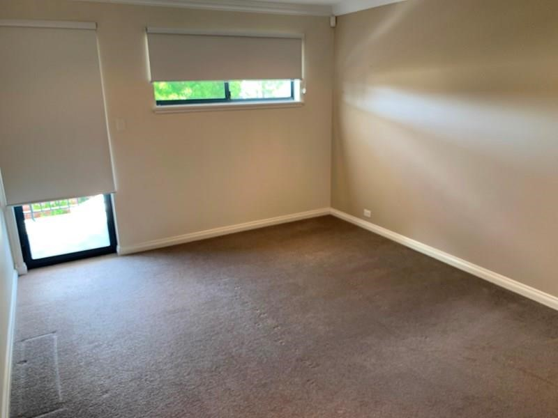 Property for rent in Como : Dempsey Real Estate