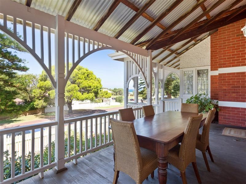 Property for sale in Cottesloe : Kempton Azzopardi