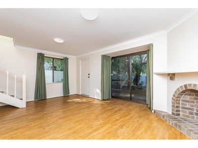 Property for rent in Crawley : West Coast Real Estate