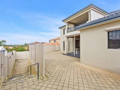 Property for sale in Kardinya : Jacky Ladbrook Real Estate