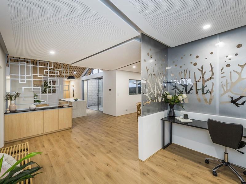 Property for sale in Aveley : Porter Matthews Metro Real Estate
