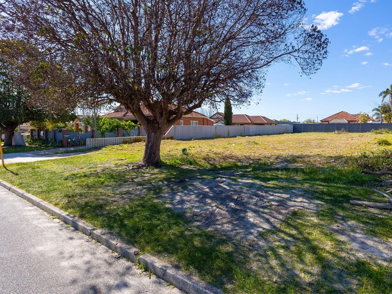 Property for sale in Bedford : Passmore Real Estate