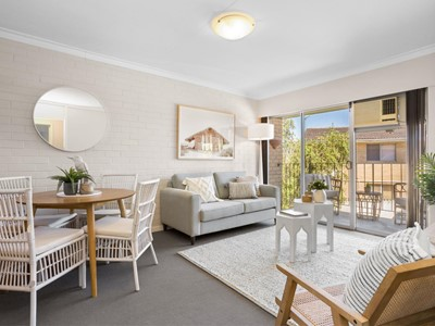 6/5 Currie Street