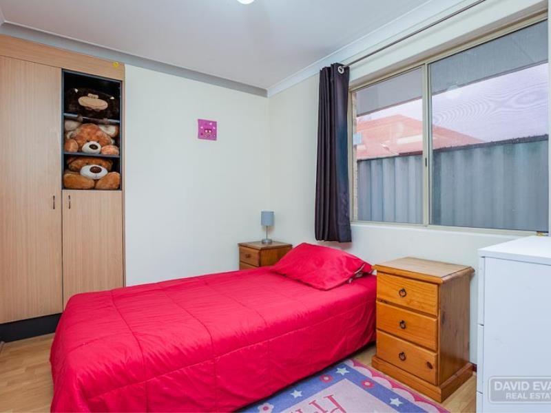 Property for sale in Leda : David Evans Rockingham