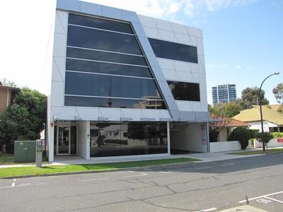 Unit 1/7 Lyall Street, South Perth