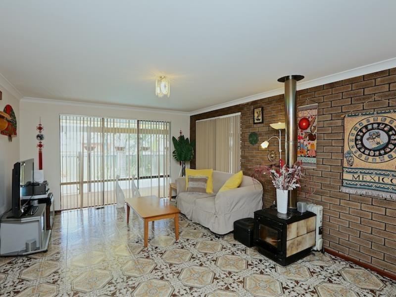 Property for sale in Yangebup : Seniors Own Real Estate
