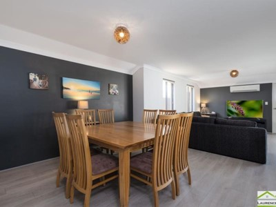 Property for sale in Banksia Grove : Laurence Realty North