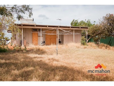 Property for sale in South Carnarvon : McMahon Real Estate