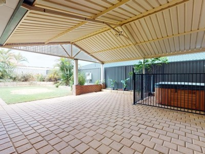 Property for sale in Lake Coogee : BOSS Real Estate