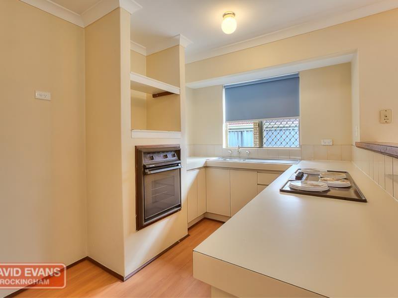 Property for rent in Meadow Springs : David Evans Rockingham