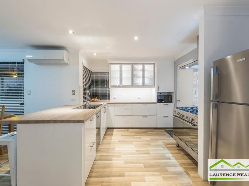Property for sale in Kinross : Laurence Realty North
