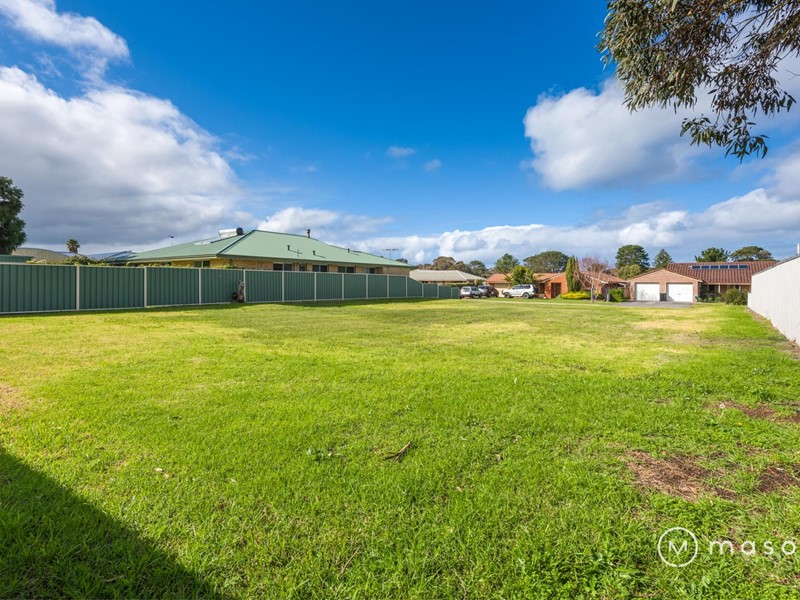 Property For Sale in Collingwood Park