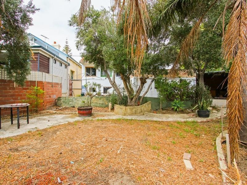 Property for sale in Fremantle, 87 Hampton Road, Nick