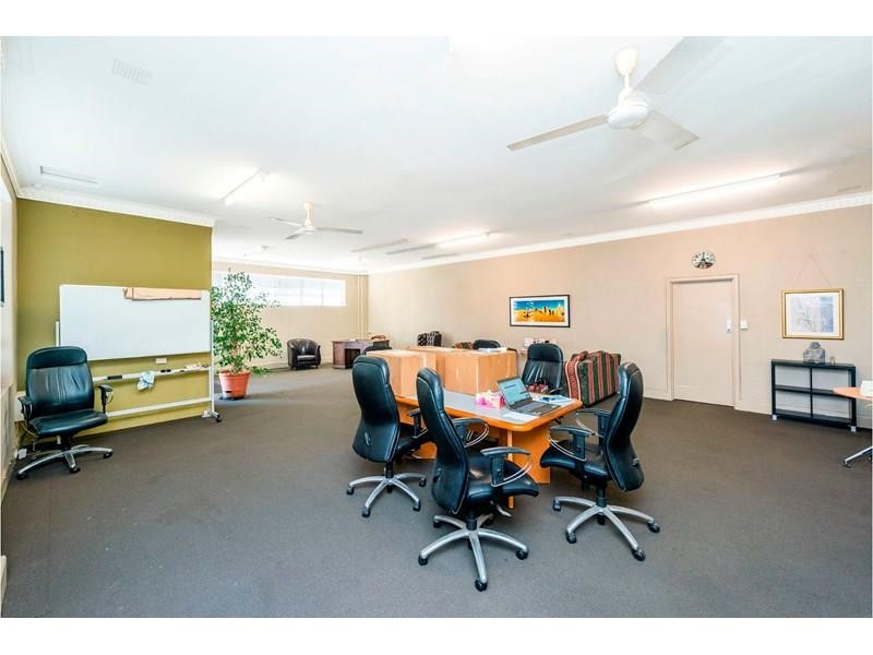 Property For Sale in Burswood : Ross Scarfone Real Estate