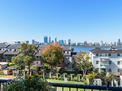 Property for sale in South Perth : Mark Brophy Estate Agent