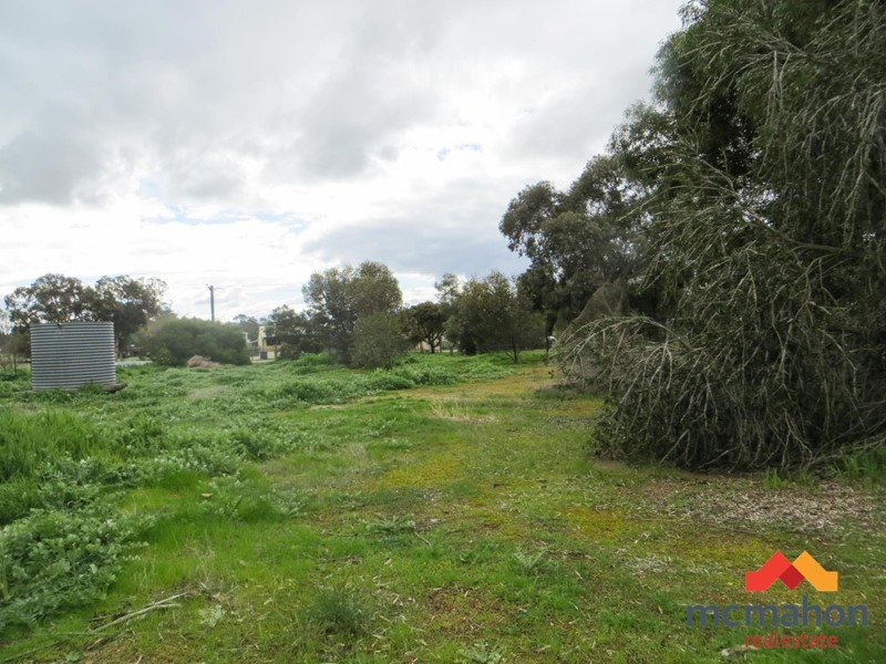 Property for sale in Brookton : McMahon Real Estate