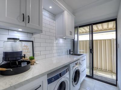 Property for sale in Maida Vale : Porter Matthews Metro Real Estate