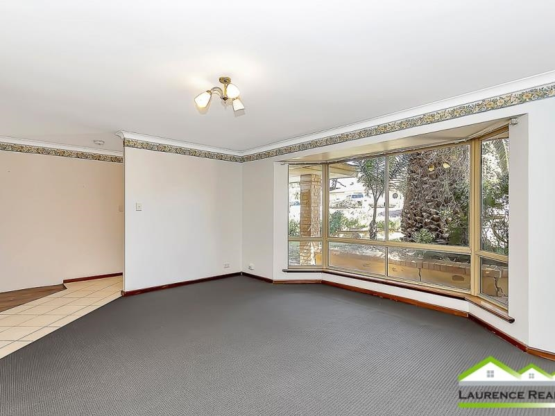 Property for sale in Clarkson : Laurence Realty North