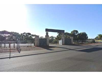 Property for sale in Hannans