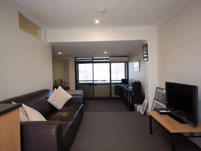Property for rent in Highgate : REMAX Torrens WA