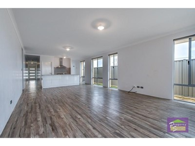 Property for rent in Eglinton
