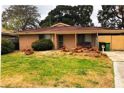 Property for sale in Seville Grove : McMahon Real Estate