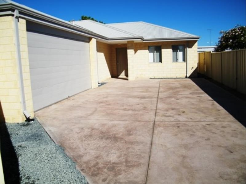 Property for rent in Shoalwater
