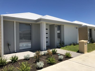 JUST LISTED - BRAND NEW THREE BEDROOM HOME!