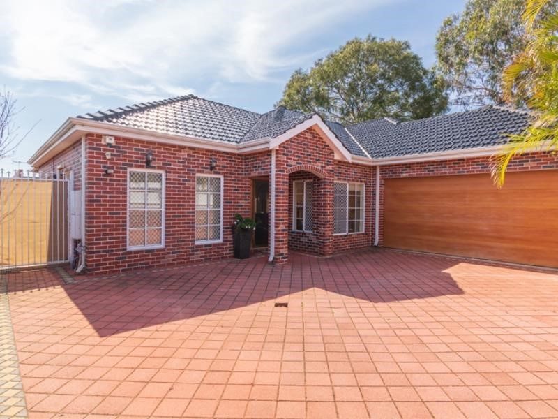 Property for sale in Belmont
