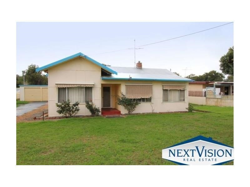 Property for sale in Halls Head