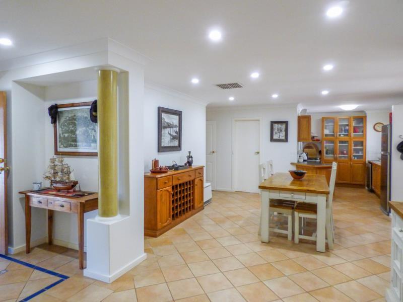 Property for sale in Maida Vale : Brett Johnston Real Estate