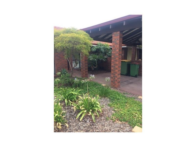 Property for rent in Bicton