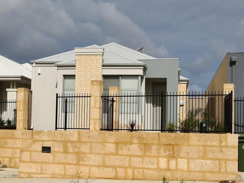 Property for rent in Beeliar