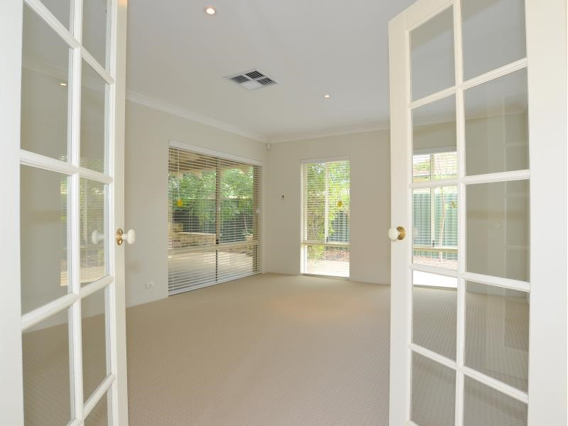 Property for rent in Nedlands