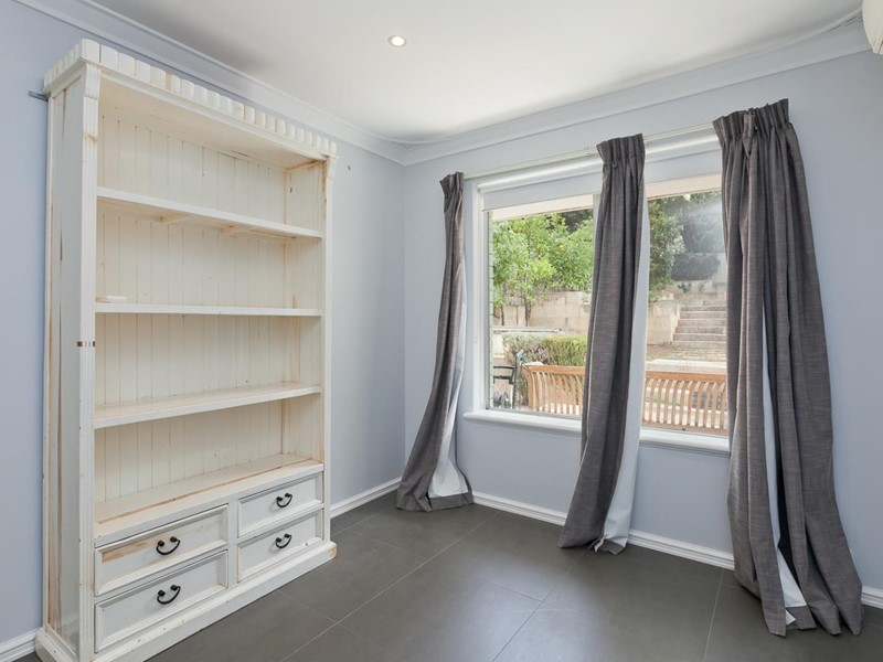Property for rent in Claremont