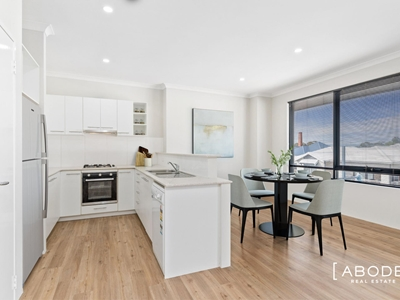 Property for sale in Ascot : Abode Real Estate