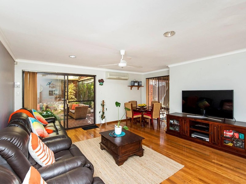 Property for sale in Marangaroo : <%=Config.WebsiteName%>