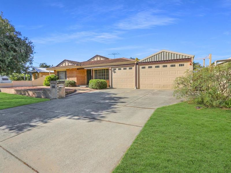 Property for sale in Seville Grove : Next Vision Real Estate