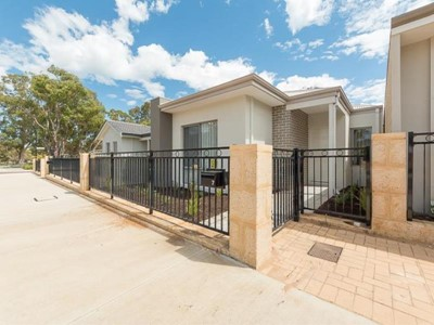 Property for rent in Kwinana Town Centre